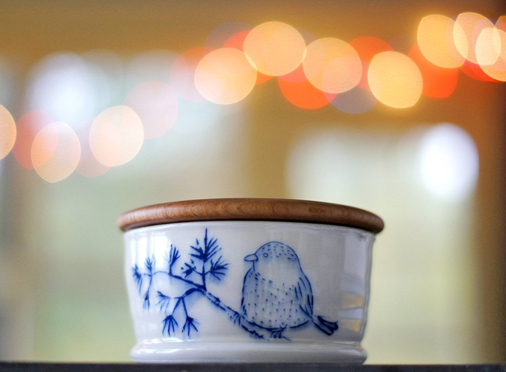 chickadee-salt-cellar & chickadee-salt-cellar - Ayumi Horie Pottery