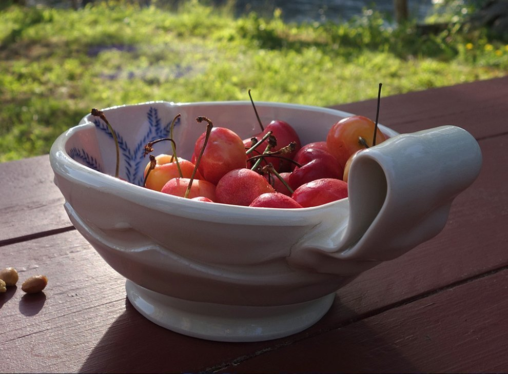 cherries-in-bowl