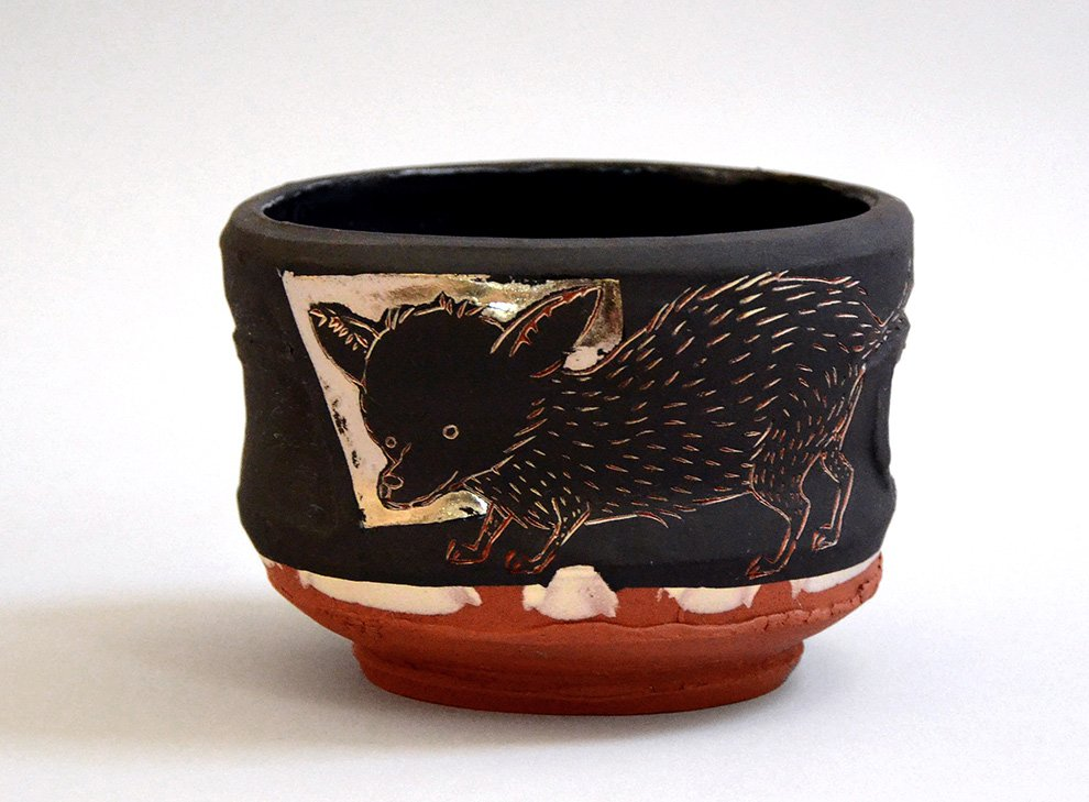 Ayumi_Horie_black_fox_teabowl