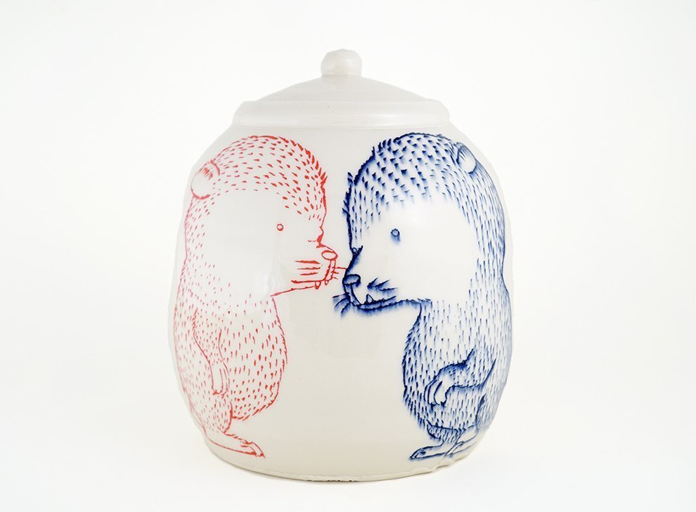 Ayumi Horie porcelain bear jar