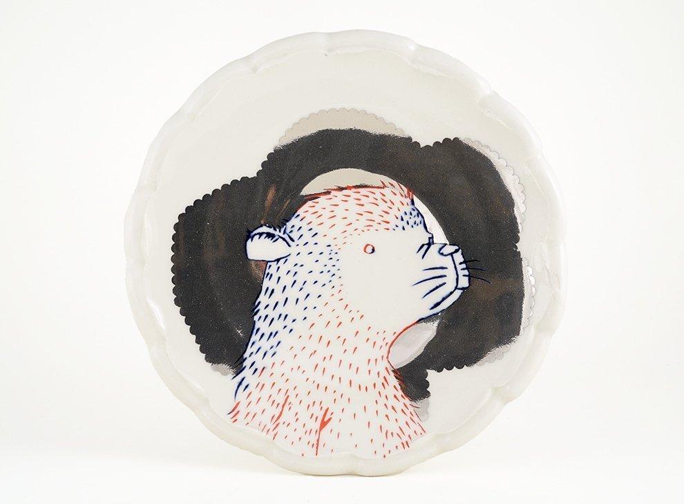 bear-luster-plate