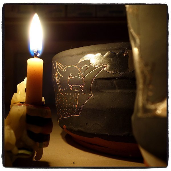 candlelit-teabowl-3